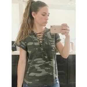 Express Lace-Up Front Short Sleeve V-Neck Top Camo
